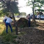 Volunteers Spreading Mulch